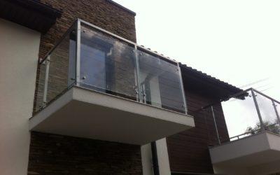 Konstrukcje balkonowe od podstaw – o czym należy wiedzieć?