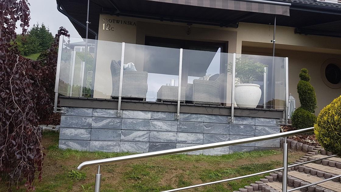 Zalety I Wady Tarasu Z Desek Kompozytowych Nierdzewny Balkon